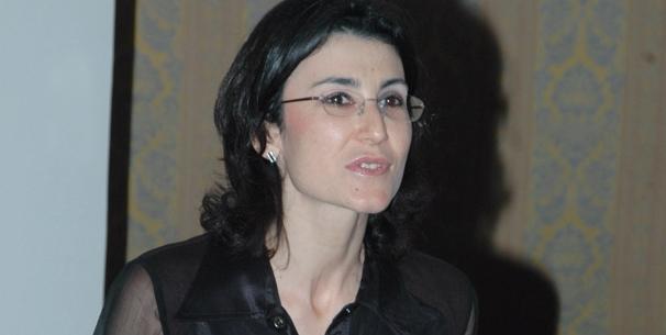 ياسمين بن عمور