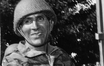 صورة نادرة للجنرال أوفقير، أخذت في فترة أحداث 23 مارس 1965