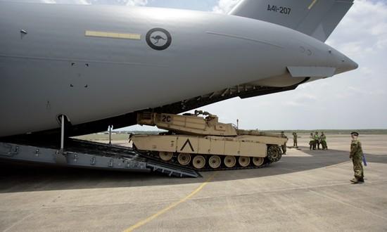 Abrams M1A1 Main Battle Tank lift 2008