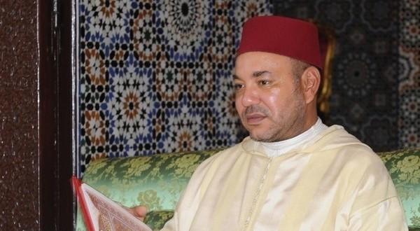 mohamed 6 dans mosquee