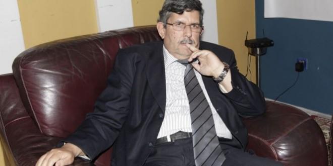 """عبد الواحد الفاسي زعيم تيار """"بلا هوادة"""" في حزب الاستقلال"""