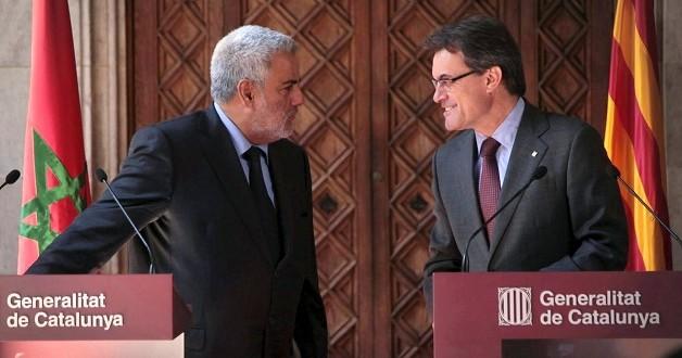رئيس حكومة كتالونيا أرثور ماس رفقة رئيس الحكومة المغربية عبد الإله بنكيران