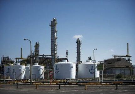 petrole raffineries