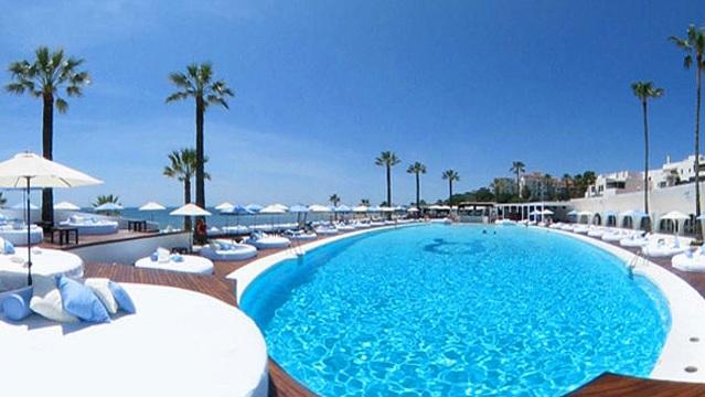 Photo of أسعار الفنادق والمطاعم في المغرب.. ضعف أسعارها في ألمانيا وإسبانيا