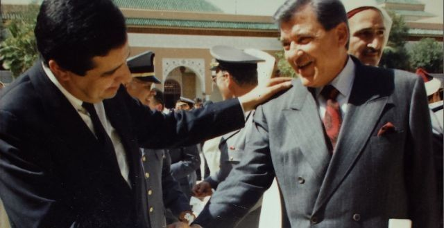 الصحفي رمزي صوفيا رفقة المرحوم أحمد الزايدي