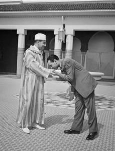 """انتقال العرش من الملك محمد الخامس إلى الملك الحسن الثاني تم بناء على مقتضيات """"ولاية العهد"""""""