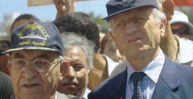 اليوسفي وأندري أزولاي في مسيرة مناهضة للإرهاب غداة أحداث 16ماي 2003