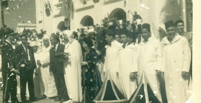 صورة تارخية لبعض المقدمين و الشيوخ  بمدينة الجديدة