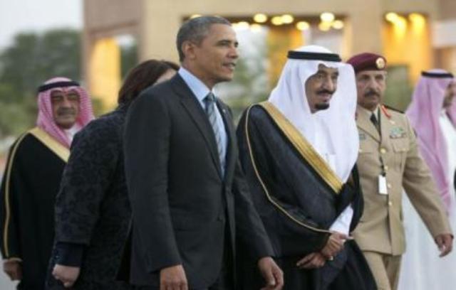 Photo of بالفيديو… ملك السعودية الجديد يوقف برتوكول استقبال أوباما لأداء صلاة العصر