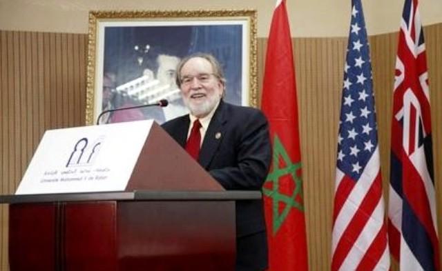 Photo of منسق أسبوع الملك محمد السادس بهاواي يوقع اتفاق توأمة بالصحراء