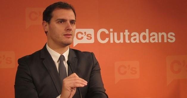 زعيم حزب سيودادانوس، ألبير ريفيرا
