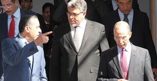 مدير حماية التراب الوطني الحموشي ووزير العدل الرميد، في حديث وإشارة إلى حقوق الإنسان وحقوق الدولة