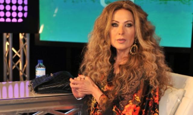 الممثلة السورية رغدة.
