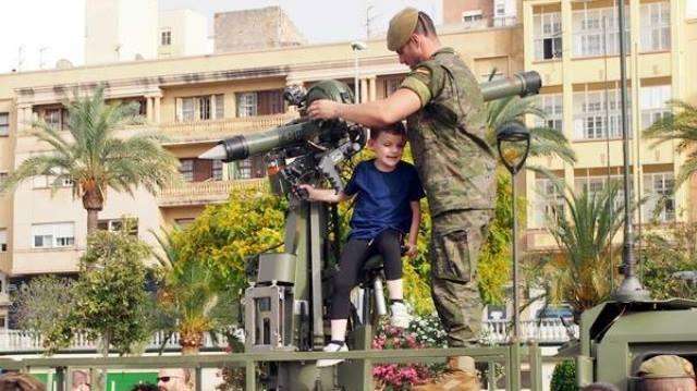 Photo of إسبانيا ترد على مطالب استرجاع سبتة ومليلية باستعراض عسكري