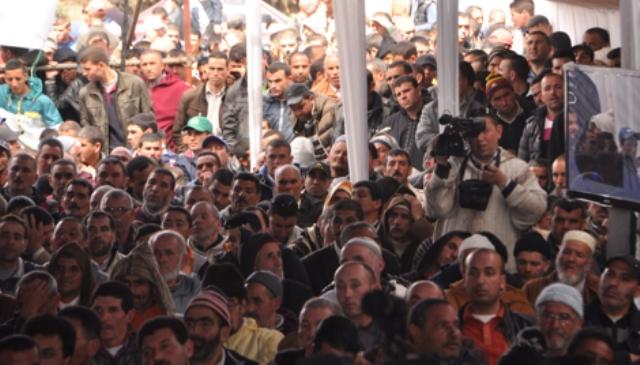 لقاء سابق نظمه حزب الأصالة والمعاصرة في باب برد للاستماع لمزارعي الحشيش