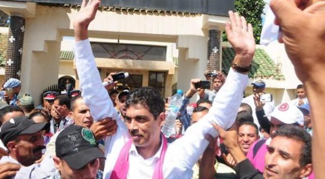 Photo of رئيس مجلس بلدي يعرض كليتيه للبيع من اجل سداد ديون جماعته