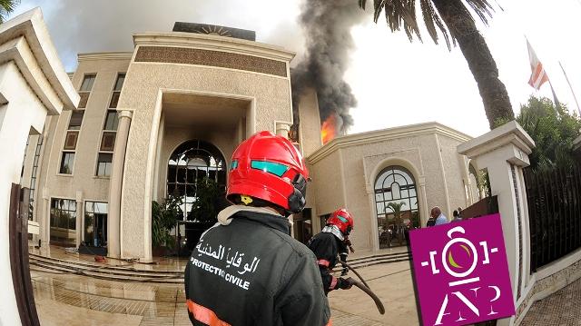 Photo of بالفيديو | الحريق المهول لمقر رئيس مجموعة الضحى يستنفر العمدة الجديد لمدينة الدارالبيضاء