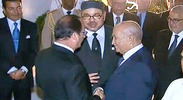 عبد الرحمن اليوسفي في القصر الملكي على هامش زيارة الرئيس هولاند الأخيرة