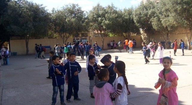 دوريات أمنية في محيط المدارس