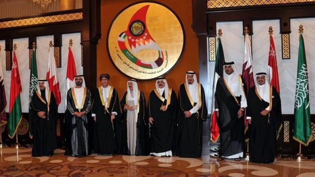 Photo of بعض دول الخليج كذبت على المغرب ماليا ….