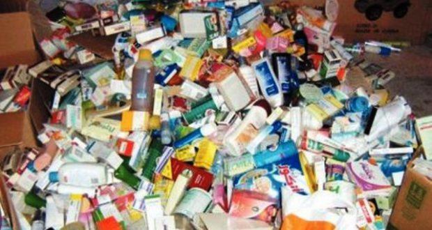 fakeproducts1_649852454