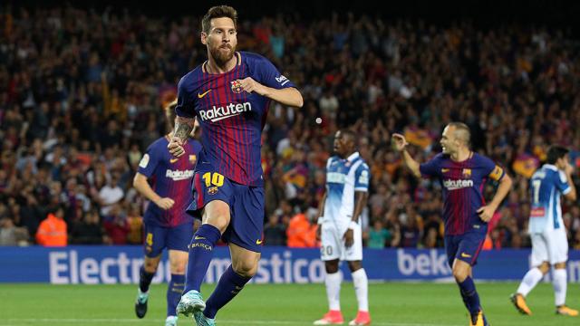 "Photo of انتبهوا..ملعب طنجة سيحتضن مقابلة ""الكأس الممتازة"" الإسبانية بين برشلونة وإشبيلية"