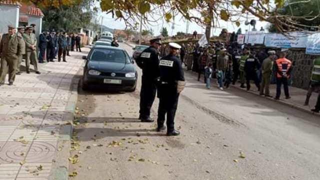 "Photo of خنيفرة   مواطنون يحتجون ضد السلطة بعد محاكمة النشطاء ""الفيسبوكيين"""