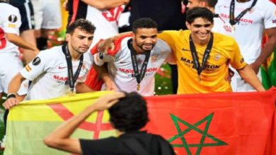 "Photo of رياضة | الحارس ""بونو"" و""يوسف النصيري"" يتوجان رفقة نادي إشبيلية الإسباني بلقب الدوري الأوروبي"